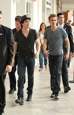 "Ian Somerhalder Photos - Paul Wesley and Ian Somerhalder, from the hit TV show ""The Vampire Diaries"", hold a meet and greet with fans at the Sunset Place Mall in Kendall, Florida. - Ian Somerhalder Photos - 2342 of 2650"