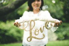 DIY: Love Hanger