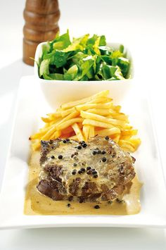Οι 20 πιο λαχταριστές συνταγές με μοσχαράκι - www.olivemagazine.gr Gf Recipes, Greek Recipes, Recipies, Tuna, Steak, Pork, Food And Drink, Beef, Fish
