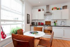 http://findaflat4holiday.com/london-apartments.html