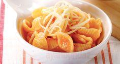 Pasta! Bahan makanan sumber karbohidrat yang populer di Itali ini bisa jadi santapan lezat kaya energi untuk bayi 12 bulan Anda.