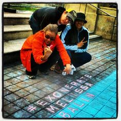 #Naomi of @FreshJuiceParty exercises #Chalkupy #FreeSpeech 2 #ExonerateMelissaBalin #hella #Occupy #Oakland @stayoccupied