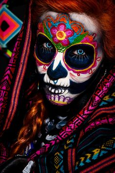 Day of the Dead makeup, Mexico : pics - Dead Makeup, One Word Art, Best Places To Travel, Skull Art, Skull Decor, Day Of The Dead, Halloween Makeup, Halloween Costumes, Halloween Prints