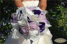Ramo de novia en blanco, lila y flor natural seca. 100% confeccionado a mano.