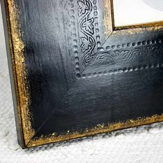 Wide Black and Gold Frame with Oval Mat for Photo and Painted Portaits 5x6