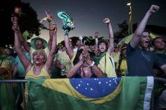 Brasileñosse concentraron en las calles de Brasiliapara seguir en pantalla gigante la votación