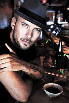 "Matt Goss... ""When will I,  will I be famous? - I can't answer, I can't answer that!.."""