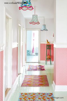 New Happy Wallpaper + Decor From RICE + these lamps! Happy Wallpaper, Wallpaper Decor, Pink Wallpaper, Deco Retro, Tapis Design, Happy House, Elle Decor, Cabana, House Colors