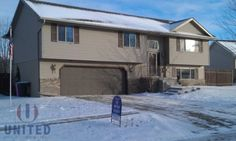 PENDING United Real Estate Solutions, Inc. : 668 Broadmoor, Sioux City, IA 51103