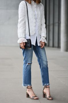 More on www.offwhiteswan.com  White Lace Jacket by Zara, Shirt by H&M, Fringed/Used Denim Jeans by Mango, Mini Bag by Cianni Chiarini, Reptile Sandals by H&M #offwhiteswan #swantjesoemmer