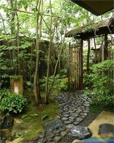 Japanese Garden Landscape, Small Japanese Garden, Japanese Tea House, Japanese Garden Design, Garden Paths, Garden Landscaping, Small Gardens, Outdoor Gardens, Japan Garden
