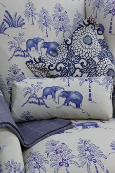 Chinoiserie Chic: Friday Odds and Ends