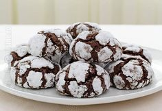 Chocolate Crinkles 'Crack' Cookies Recipe – Easy and Gluten-Free! Chocolate Crack, Chocolate Crinkle Cookies, Chocolate Crinkles, Gluten Free Chocolate, Melting Chocolate, Crack Cookies Recipe, Easy Cookie Recipes, Dessert Recipes, Desserts