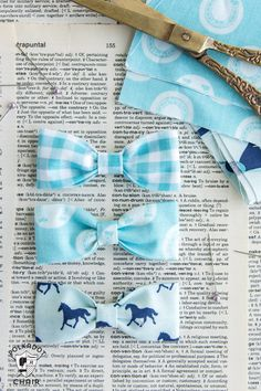 Learn how to make a bow tie bracelet with this bow tie bracelet diy sewing pattern, DIY bow bracelet tutorial, free pattern bowtie bracelet Make A Bow Tie, Diy Bow, How To Make Bows, Baby Boy Bow Tie, Boys Bow Ties, Baby Onesie, Baby Bows, Sewing Patterns Free, Free Sewing