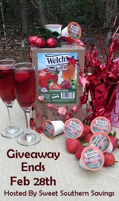 Ogitchida Kwe's Book Blog : Welch's Fruit Cider Strawberry Apple Giveaway
