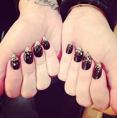 Demi Lovato's nails were so fierce, you may have (almost) missed an appearance by her charming Cartier bangle.