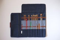 Knitting needle case, Extra large needle case for straight needles, Big knitting needle organizer, knitting storage by JesabelleB on Etsy https://www.etsy.com/listing/480049184/knitting-needle-case-extra-large-needle