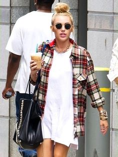 When I go into my fiancé's closet I come out like this oversized flannel a cute dress #genius
