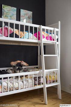 niemen tehtaiden kerrossänky - Google-haku Kids Rooms, Kids Bedroom, Bedroom Decor, Us Beaches, Bunk Beds, Room Inspiration, Beach House, Nursery, Children