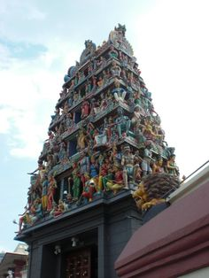 Singapore-Up close and personal! The Sri Mariamman Temple is the place of worship for South Indian Tamil Hindu Singaporeans. During the day, the temp...