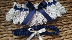 Navy blue wedding garter belt set / something blue garter set / Traditional Wedding garter / Traditional garter / Ivory and blue garter / Ivory lace garter