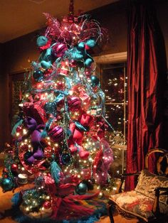 colorful christmas tree - Christmas Tree With Colored Lights