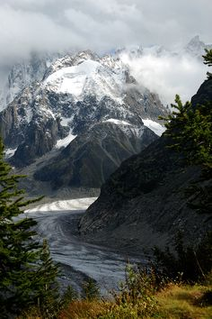 Mer de Glace (Sea of Ice) | Glacier located on the northern slopes of the Mont Blanc massif, in the French Alps