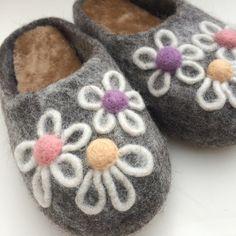 Ladies' slippers size 7 UK  Wool 100%  Insole -sheepskin  Handmade