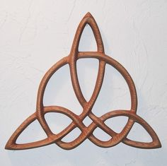 Triquetra of Harmony-Celtic Wood Carved Knot