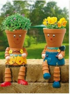 Clay pot art!  This is so cute!<3