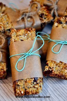 Vegan Snacks, Healthy Desserts, Snack Recipes, Healthy Food, Bakery Packaging, Christmas Cooking, Foods To Eat, Creative Food, Food Inspiration