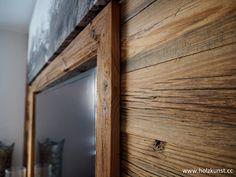 Wandverbau aus original sonnenverbranntem Altholz! #woodworking #woodwork #woodart #holzkunststeger #holzkunst #steger #altholz #sonnenverbrannt #oldwood #sunburned #idee #tischler #wandverbau #schalung #interior #design #interiordesign #altholzidee #wohnzimmer Live In Style, Interiordesign, Mirror, Workshop, Furniture, Home Decor, Glass Display Case, Beams, Bathroom Furniture