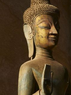 size: Photographic Print: Statue of the Buddha, Haw Pha Kaeo Poster : Vientiane, Buddhist Temple, Tropical Art, Ways Of Seeing, Southeast Asia, Laos, Find Art, Framed Artwork, National Parks