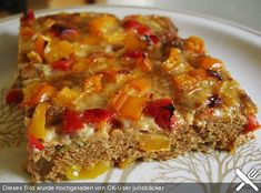 Meatloaf from the tin by juliabäcker Meatloaf Recipes, Crockpot Recipes, Meatball Recipes, Cheese Crust Pizza, Brown Sugar Pork Chops, Gourmet Recipes, Healthy Recipes, Healthy Food, Beef Recipes