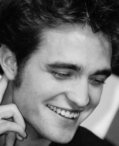Love the way he smile  Robert Pattinson