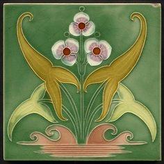 TH2650 Excelente Majolica Art Nouveau Telha Gibbons Hinton stourbridge c.1910