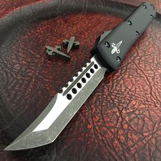 I gotta have this knife. Finally found one thats better than my current microtech