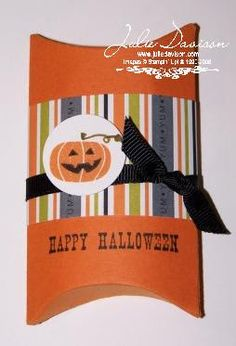 Julie's Stamping Spot -- Stampin' Up! Project Ideas Posted Daily: 3-D projects -- Halloween Pillow Box (Holds 3 Hershey Nuggets)
