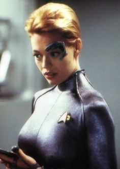 Who wouldn't have a crush on Seven of Nine... or Jerri Ryan. Le Sigh.