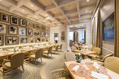 Nach fast 4 Monaten Umbauzeit erstrahlt das Sacher Grill im Hotel Sacher Salzburg in neuem Glanz, mit beliebten kulinarischen Klassikern und neuen Ideen. Salzburg, Das Hotel, Restaurant, Grill, Modern, Conference Room, Hotels, Table, Sparkle