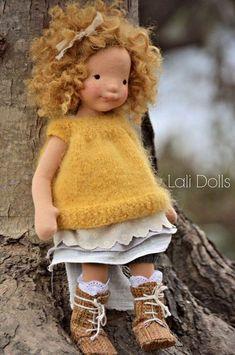 Yarn Dolls, Knitted Dolls, Fabric Dolls, Crochet Dolls, Doll Tutorial, Sewing Dolls, Waldorf Dolls, Doll Hair, Soft Dolls