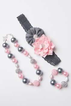 Grey necklace Pink bubblegum necklace girl by LaBellaRoseBoutique Chunky Bead Necklaces, Bubble Necklaces, Chunky Beads, Girls Necklaces, Bubble Gum Necklace, Little Girl Jewelry, Kids Jewelry, Jewelry Crafts, Baby Jewelry