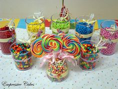 Candy buffet - love the visual of the large lollies :) Carnival Themed Party, Carnival Birthday Parties, Circus Party, Party Themes, Party Ideas, Candy Buffet Tables, Candy Table, Rainbow Food, Christmas Party Games