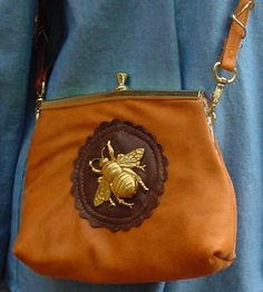 Leather and Bee Purse I Love Bees, Bee Jewelry, Bee Art, Bees Knees, Vintage Purses, Queen Bees, Mellow Yellow, Purses And Bags, Coin Purse