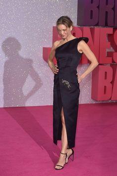 Renee Zellweger.. Schiaparelli Fall 2016 Couture dress..... - Celebrity Fashion Trends