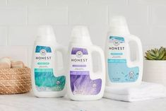 A new dosing cup design for The Honest Co.'s laundry products bottle eliminates leakage during shipping.