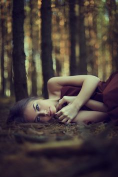Go f wide dof. Great pose and locale  Julia by Evgeniya Egorova, via 500px