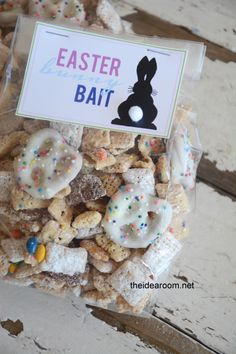 How cute is this bunny bait from @Amy Huntley (TheIdeaRoom.net)