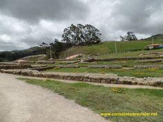https://flic.kr/s/aHsktAJBn3   Ruinas de Ingapirca en Cuenca Ecuador   Interesantes ruinas que fueron construidas por la cultura Cañari que tuvo su influencia por los Incas, estas ruinas estan en lo que es la zona del Cañar una hora y media de Cuenca, vale la pena conocer y ver un poco de la majestuosidad de las edificaciones que todavian queda y de su belleza de paisaje
