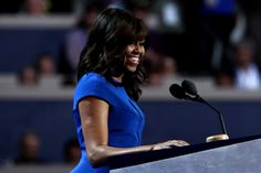 Cabeleireiro de Michelle Obama fala sobre os fios ao natural